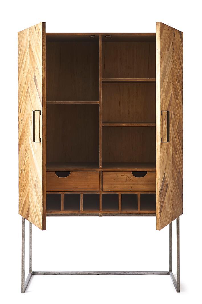 Picture of: Skab Tribeca Bar Cabinet