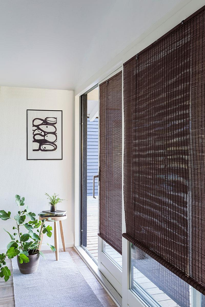 c51716a6 Mørk brun bambus rullegardin. Pris: